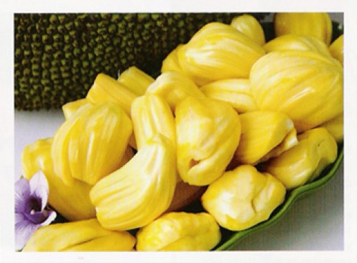 Ripe jack fruits to eat