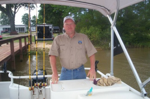 Capt. Dewayne Proffit is on the water and ready to go catfishing!