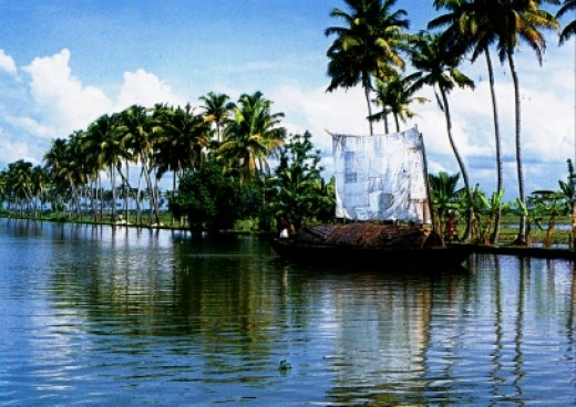 Incredible amazing India - Kerala backwaters - Cool and sizzling