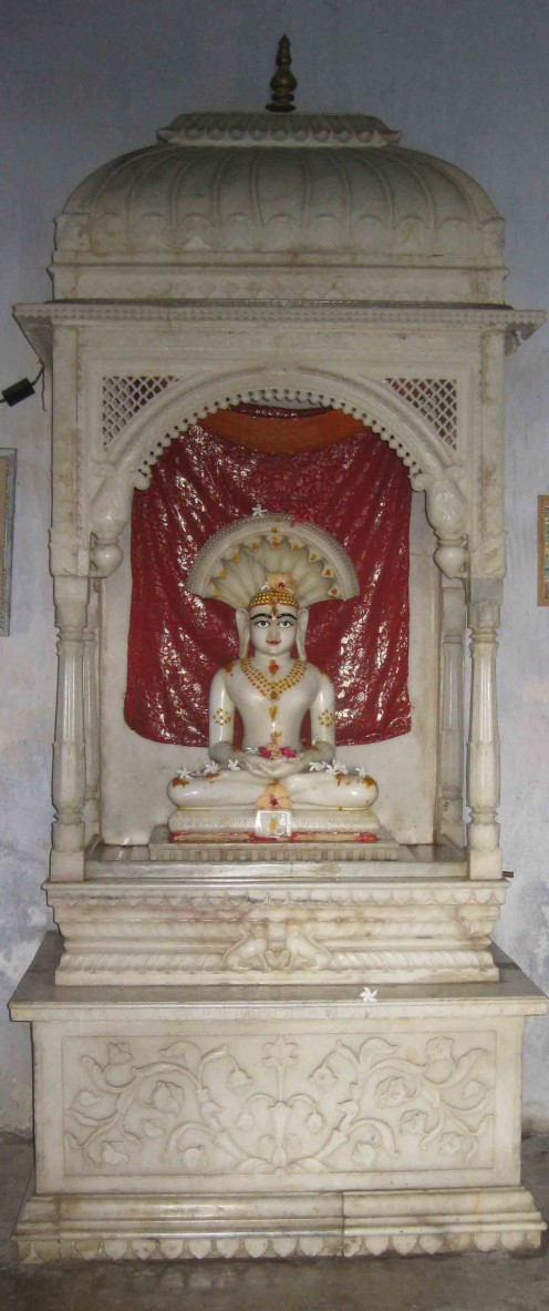 Tirthankar Parswanath in White marble at Rambagh in Azimganj city. The idol was brought to Azimganj from Jangipur.