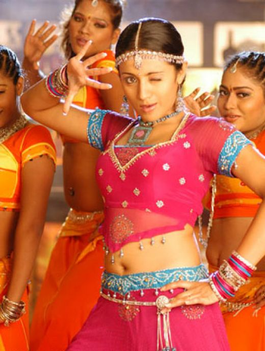 Hot And Sexy South Indian Actress Trisha Krishnan