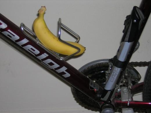 Sports banana