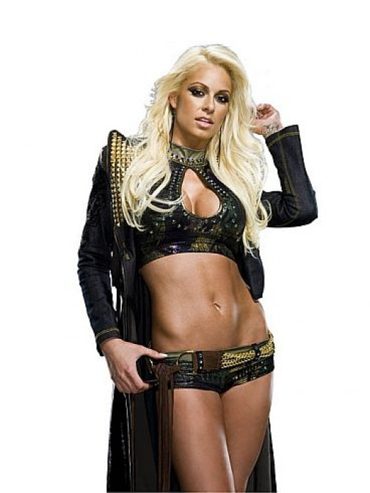 Former WWE Diva, Maryse