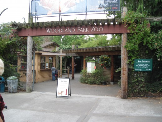 Entrance to Seattle's Woodland Park Zoo