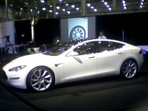 Tesla Model S profile view