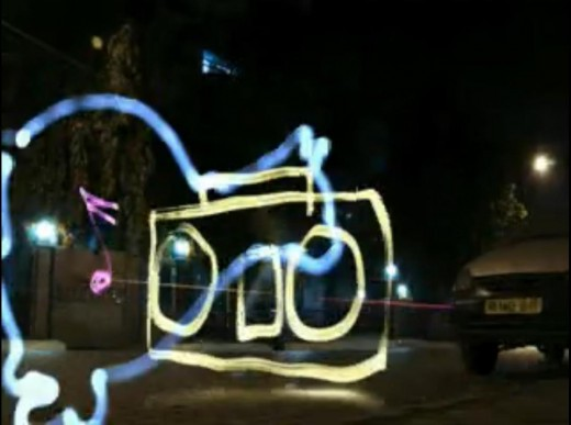 Eveready Ultima - Light Painting - Cat chasing mouse