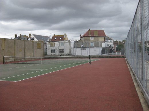 The Tennis Courts on St. Anne's Road: empty as usual.