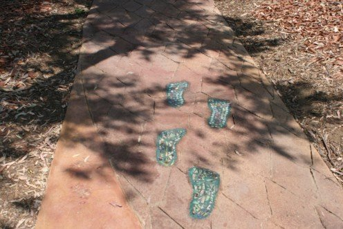 Follow the footprints to information centers that show diagrams and details on everything in the area, some describe the wilds of Australia, Africa and Mexico just to name a few.