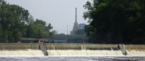 North Lansing dam in the Grand River; Lansing, MI (public domain).