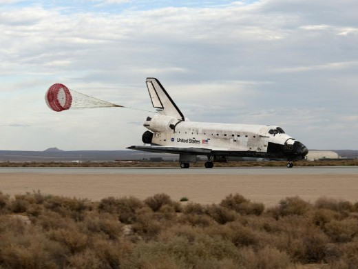 SAFE LANDING FOR SPACE SHUTTLE DISCOVERY