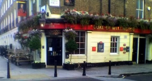 a typical street corner pub in chelsea