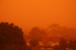 Sydney covered in thick red dust