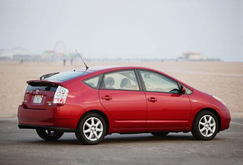 Toyota Prius. Full Hybrid