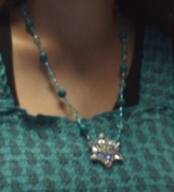 Making A Necklace With A Sparkly Pendant