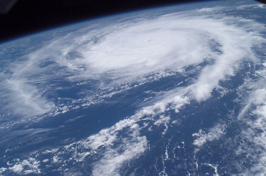 Tracking a Hurricane with Google Earth (Photo Credit: Wikipedia Commons)