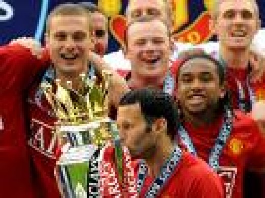 Champions Again 2009 - Vidic, Giggs, Anderson and Rooney celebrate