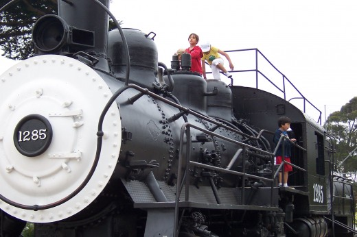 Full size locomotive