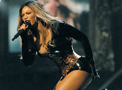 Beyonce performing as Sasha Fierce