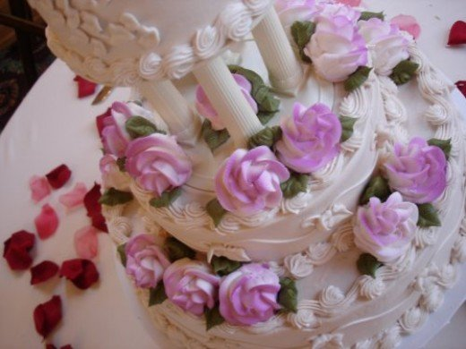 Beautiful wedding cake.