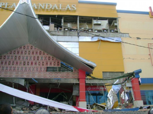 Padang, West Sumatra earthquake, 2009