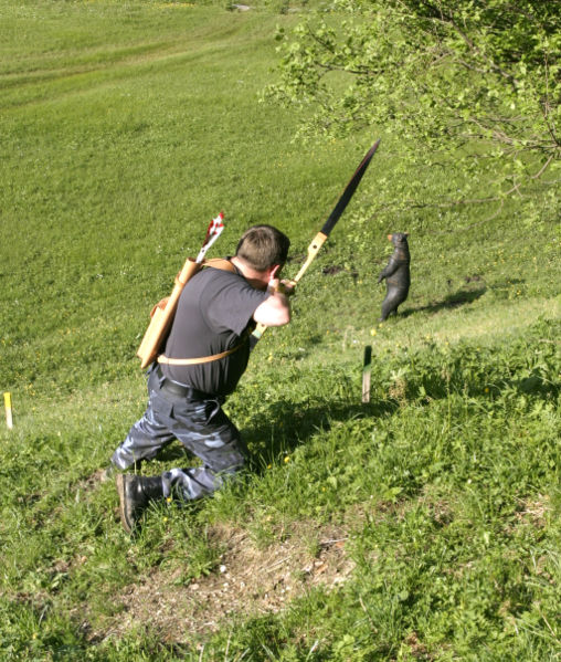 3d Archery-Traditional bow shooting at a tough angle and decline at a foam upright bear target
