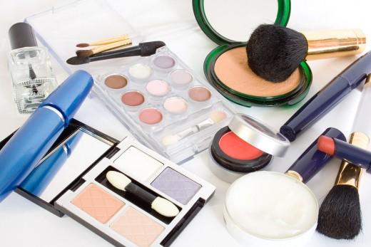 Buy GOOD cosmetics!