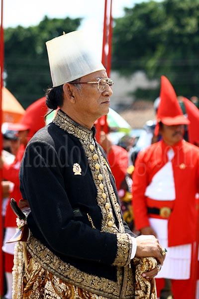 Yogyakarta Palace Traditional Army credit : Handoyoblog.com