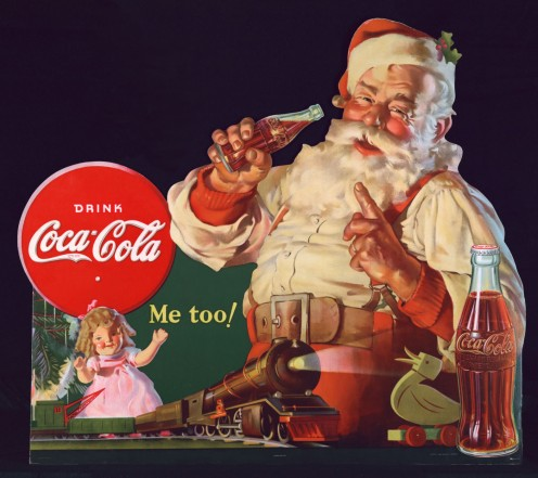 Artist Haddon Sundblom painted  created the modern image of Santa.