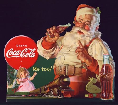 Artist Haddon Sundblom painted  created the modern image of Santa.