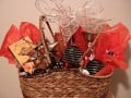 Ideas to Make Your Own Gift Hampers