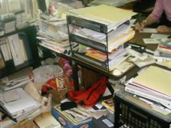How to avoid  house clutter and maintain cleanliness at home