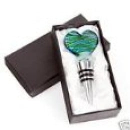 Glass heart wine stopper set