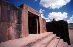 Entrace to the Kalasasaya temple