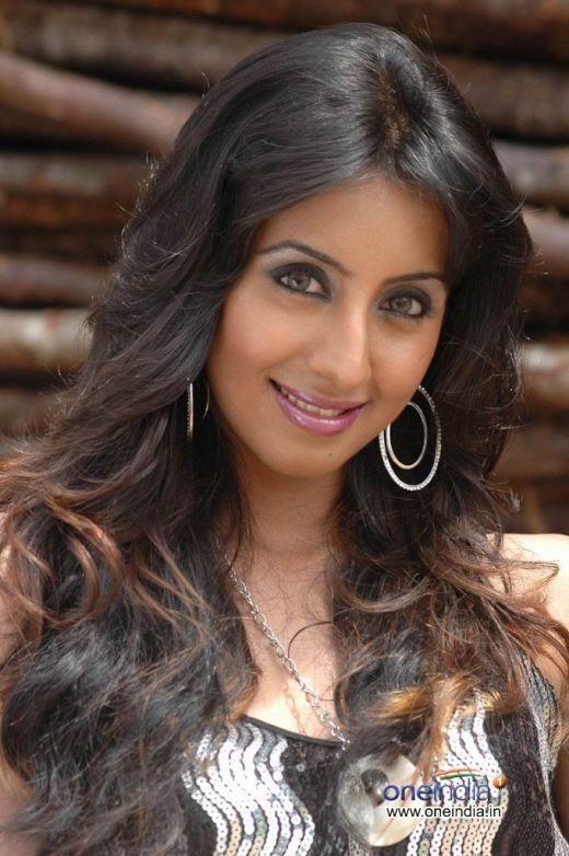 attractive heroines of kannada film world