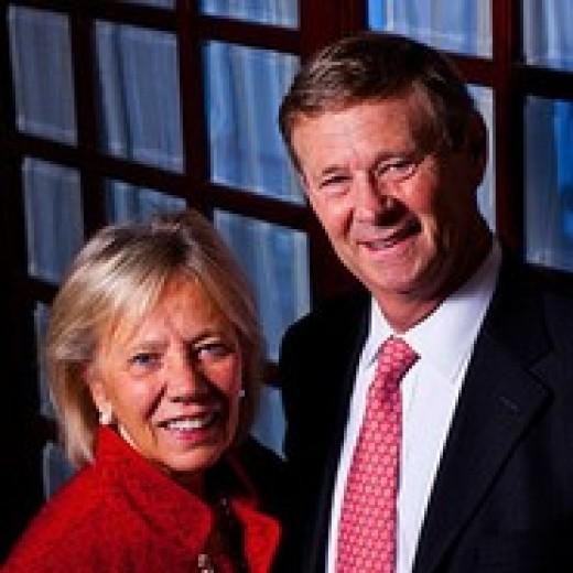 Bill and Kathy Magee,Founders Operation Smile that started  in the Philippines.