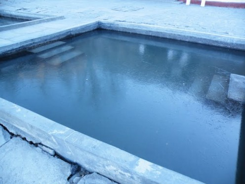 This frozen pool will certainly be damaged because of the frozen ice.