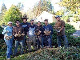 Leaving good traces: Pulling weeds (and turning them into nifty baskets) with Americorps