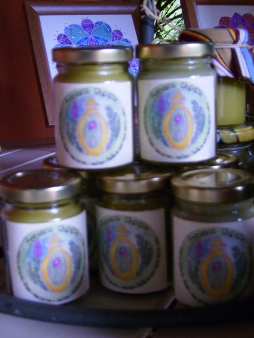 Hair tonic ingredients are: rosemary, lavender, thyme, marjoram, lemon balm,