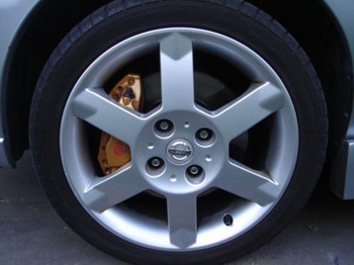 Brembo 4 Pistion Brakes on front of SPEC V