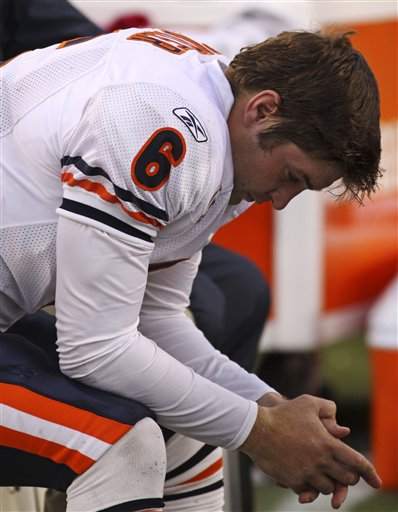 It's all or nothing when Jay Cutler is running the offense
