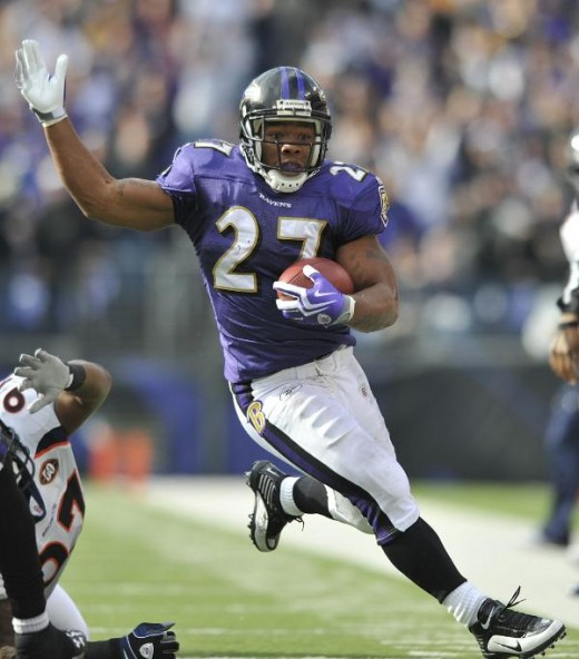 Baltimore Ravens running back Ray Rice carries the ball during the NFL football game against the Denver Broncos, Sunday, Nov. 1, 2009 in Baltimore. (AP Photo/Gail Burton)
