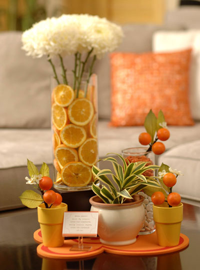 Flower and oranges centerpiece vibizlife.com