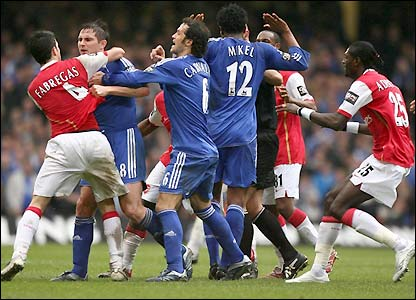 Chelsea fight with Arsenal