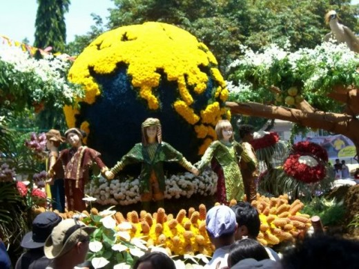 One of the Floral Float Parade competitor. (photo by lg89rn/photobucket.com)