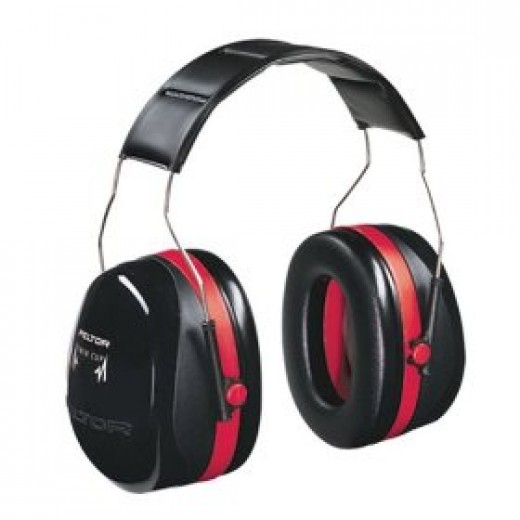 Peltor noise canceling earmuffs