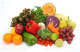 REFUEL Supplement made with real foods like carrots, spinach, oranges - You can read it on the Label