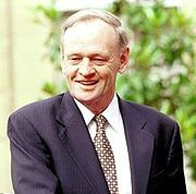 Former Canadian Prime Minister Jean Chrtien acquired Bell's palsy in his youth which never resolved.