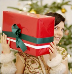 Worst 7 Christmas Gifts to Give to a Woman
