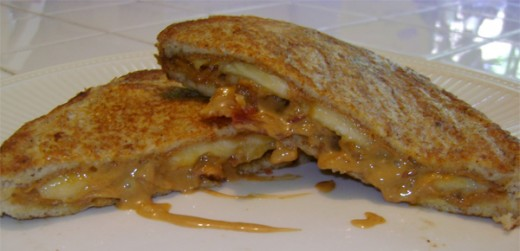 Yes here is the Elvis Sandwich and if you make it please post a comment below and let us all know how it turned out for you.
