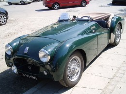 1954 Triumph TR2 by EPO on Wikimedia Commons